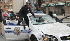 pic_giant_042815_SM_Baltimore-Police-Car-G_0