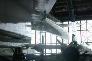 004~Along_the_fuselage_toward_the_front